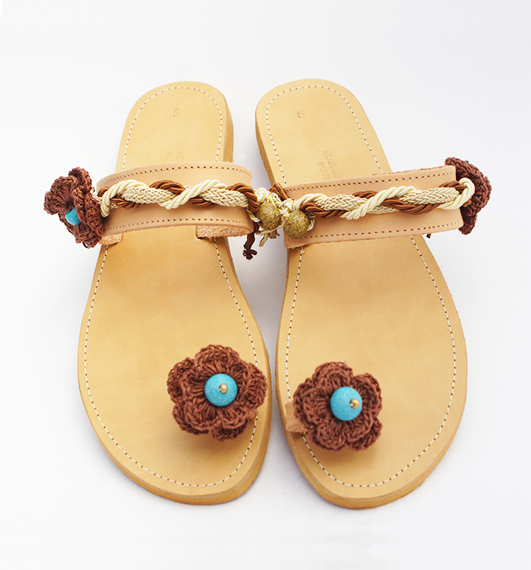 "Toe ring sandals,  Beaded sandals, decorated  with knitted flowers ""Ariadne"""